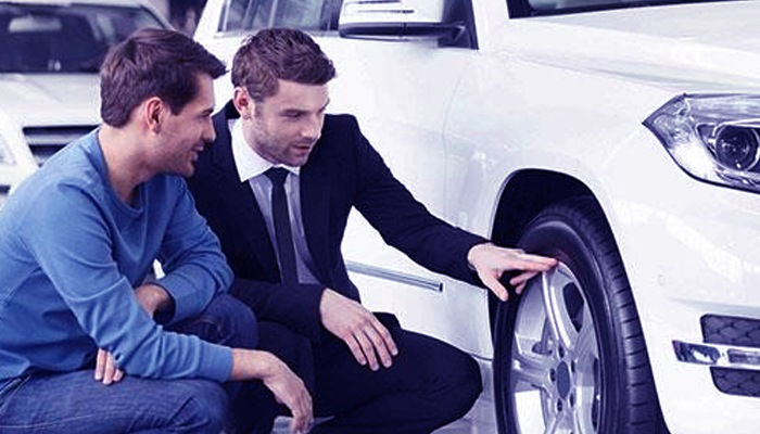 Photo of 5 Pointers for Dealing With an Overzealous Car Salesperson