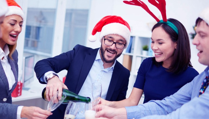 Photo of Corporate Christmas e-cards Are the Smarter Alternative