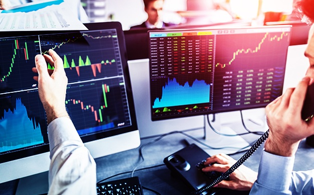Photo of Best Tips When Picking a Forex Brokerage Company